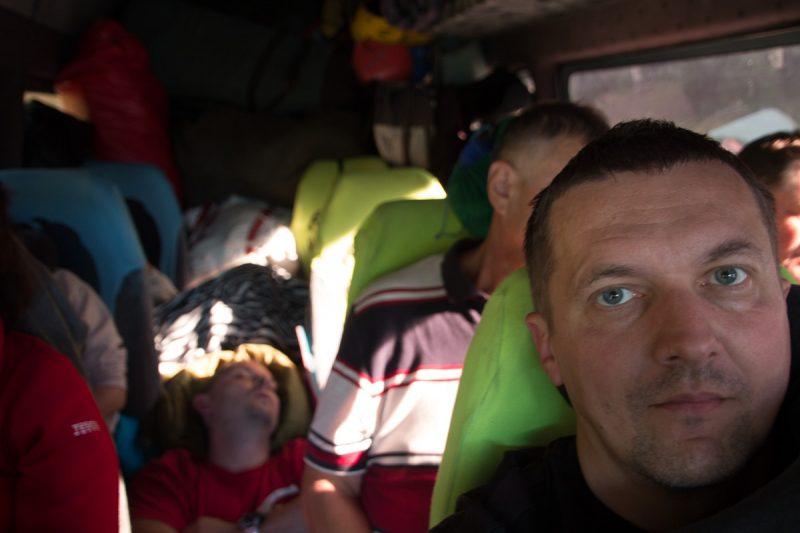 Четыре дня до Швеции в автобусе набитом под завязку. Дневной сон по очереди