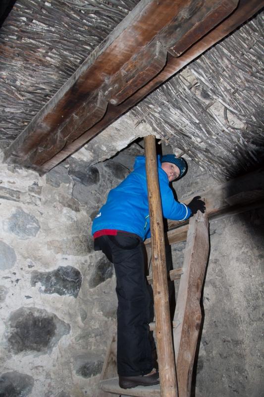 Лезем на самый верх сванской башни