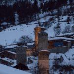 Грузия, Местия - вечерняя подсветка башен