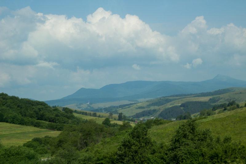 Тур по Закарпатью. Начинаются горы