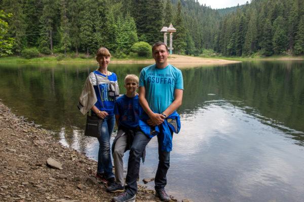 Тур по Закарпатью. Мы на озере Синевир