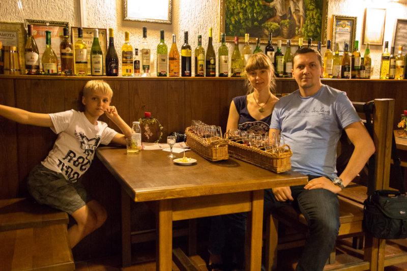 Тур по Закарпатью. Дегустационный зал в Ужгороде