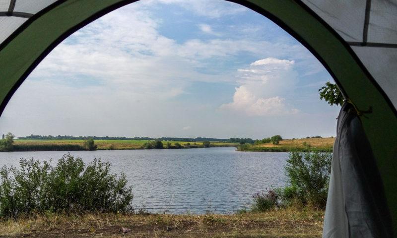 Рыбалка на речке Соб. Вид из палатки