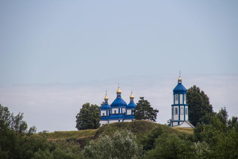 Печера, деревянная церковь и колокольня